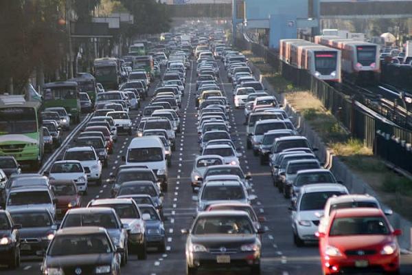 Количество автомобилей  на дорогах  Испании значительно выросло